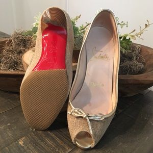 Best 25+ Deals for Bedroom Heels | Poshmark